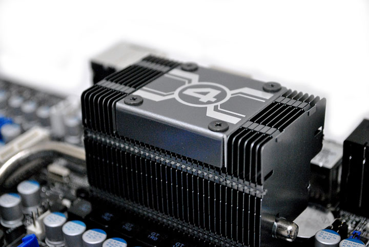 1027 Asrock 890FX Deluxe4  Review