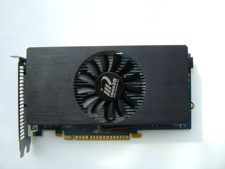dsc04753 inno3D GF GTS450 1GB DDR5