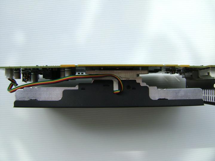 dsc04755 inno3D GF GTS450 1GB DDR5