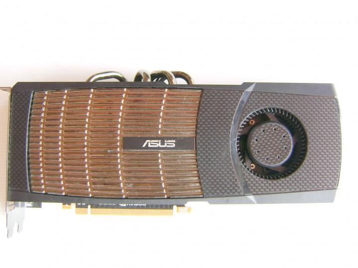 dsc04778 720x540 ASUS ENGTX480 1.5GB DDR5