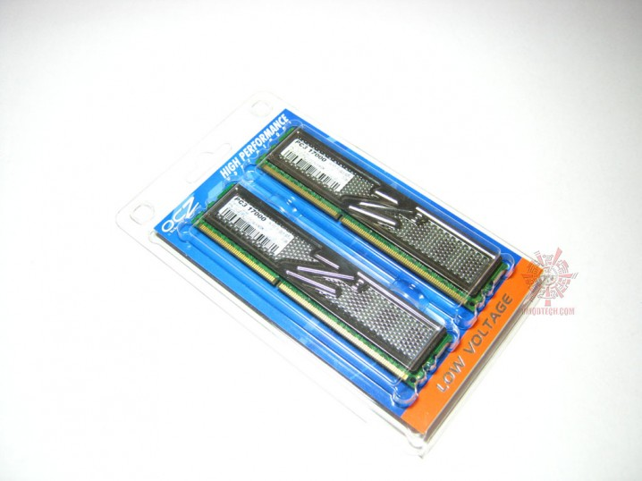 ocz pc3 17000 01 718x538 custom Memory OCZ PC3 17000 Platinum Series : Review