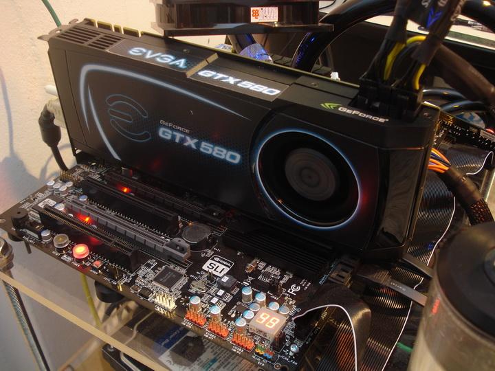testing EVGA GTX580 Extreme Review