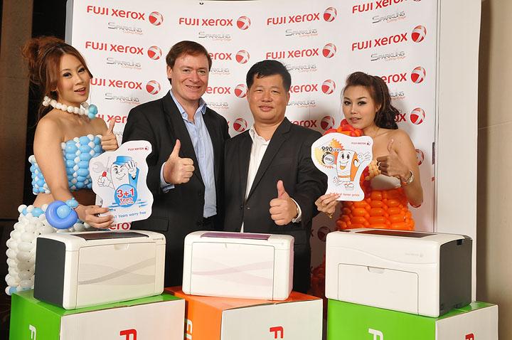 23 11 2010 en news release fuji xerox new led printers final ฟูจิ ซีร็อกซ์ เปิดตัวเครื่องพิมพ์ขนาดกะทัดรัด ราคาประหยัด เป็นมิตรต่อสิ่งแวดล้อม ตอบสนองธุรกิจเอสเอ็มบี