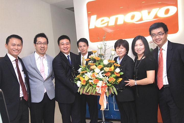 img 0345 เลอโนโวเปิดร้าน Lenovo Exclusive Store by Softworld ณ ศูนย์การค้าเซ็นทรัลเวิลด์ พร้อมรุกธุรกิจเต็มรูปแบบ