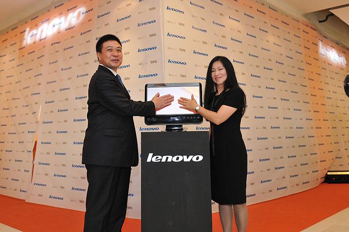 touch grand opening เลอโนโวเปิดร้าน Lenovo Exclusive Store by Softworld ณ ศูนย์การค้าเซ็นทรัลเวิลด์ พร้อมรุกธุรกิจเต็มรูปแบบ