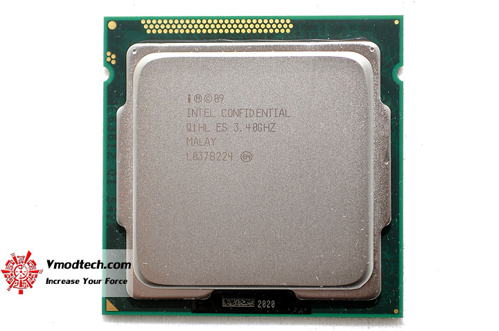 dsc 0165 The Sandy Bridge Review: Intel Core i7 2600K and Core i5 2500K Tested