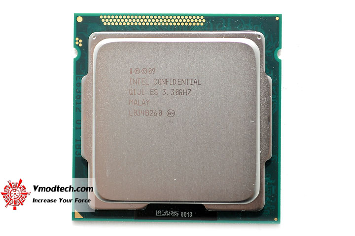 dsc 0177 The Sandy Bridge Review: Intel Core i7 2600K and Core i5 2500K Tested
