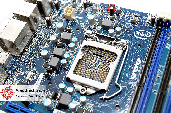 dsc 0189 The Sandy Bridge Review: Intel Core i7 2600K and Core i5 2500K Tested