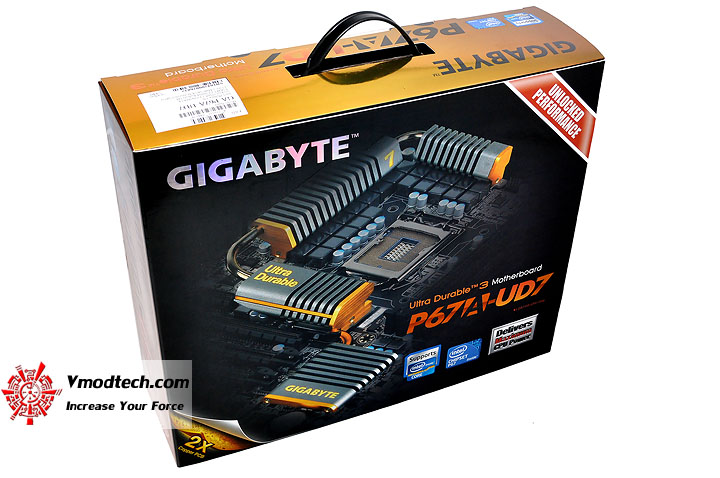dsc 0120 GIGABYTE P67A UD7 Motherboard Review