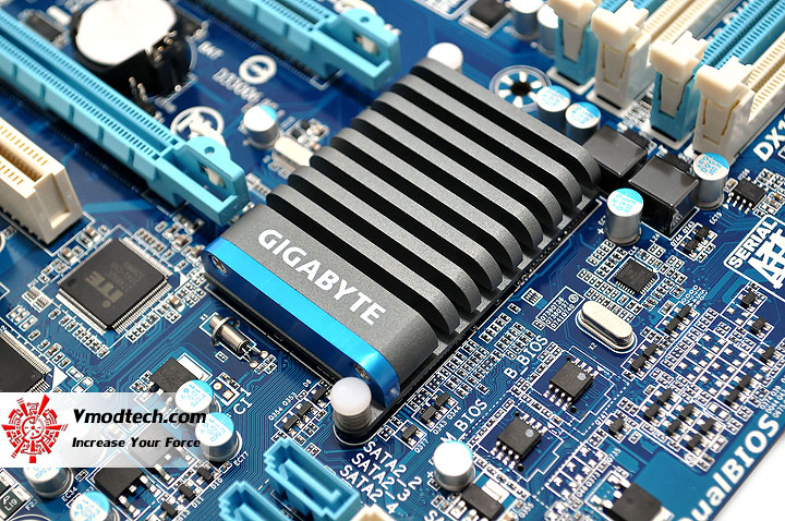 dsc 0009 GIGABYTE H67A UD3H Motherboard Review