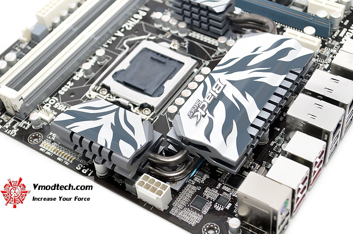 dsc 0009 ECS P67H2 A Black Extreme Motherboard Review