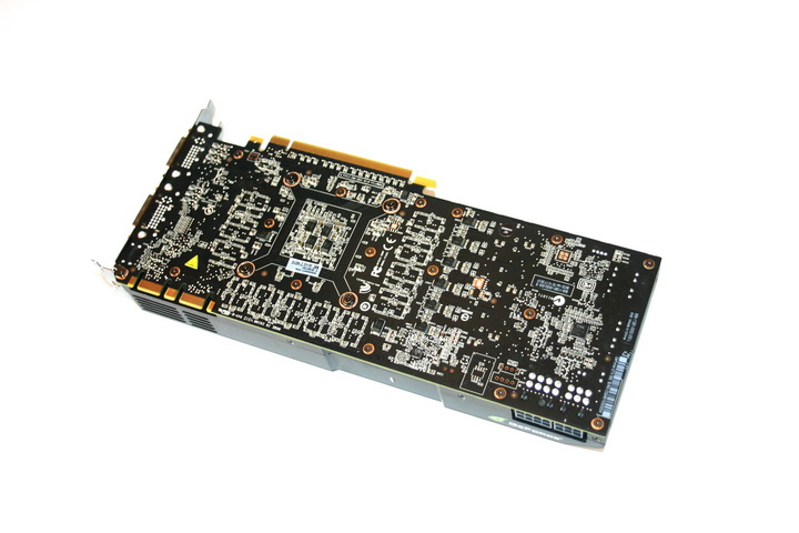 img 0305 Inno3D Geforce GTX580 1536MB DDR5 Review