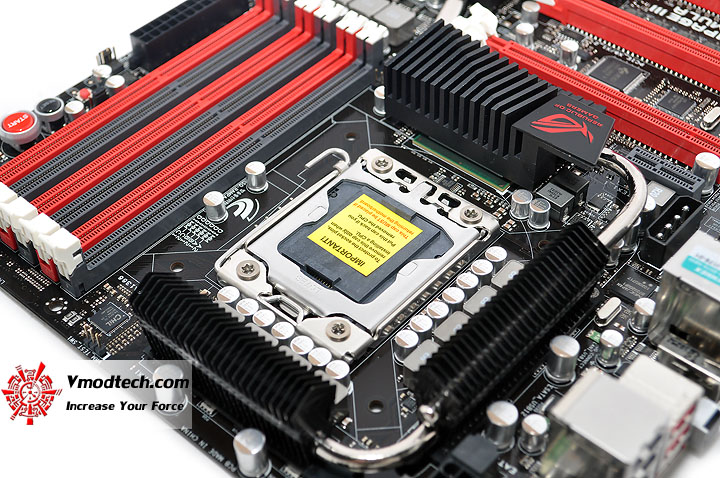 dsc 0010 ASUS RAMPAGE III FORMULA Motherboard Review
