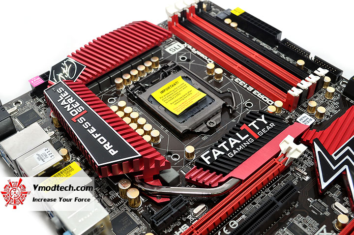 dsc 0009 ASRock Fatal1ty P67 Professional Motherboard Review