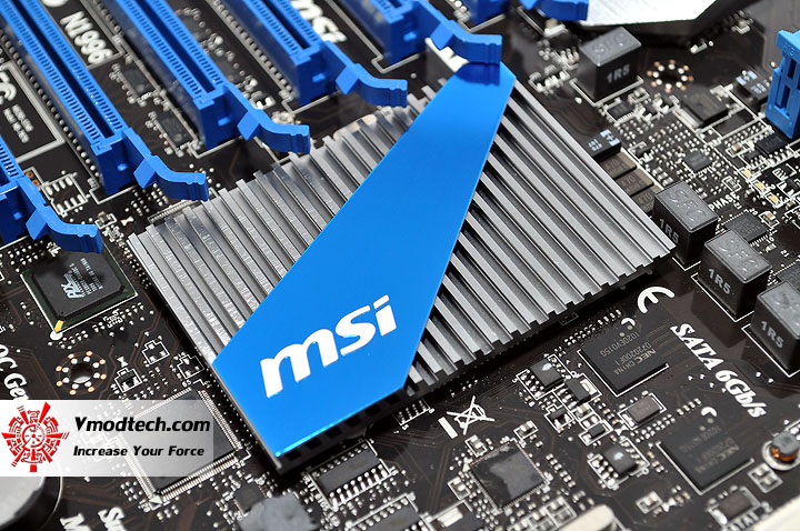 dsc 0022 MSI BIG BANG P67 MARSHAL Motherboard Review