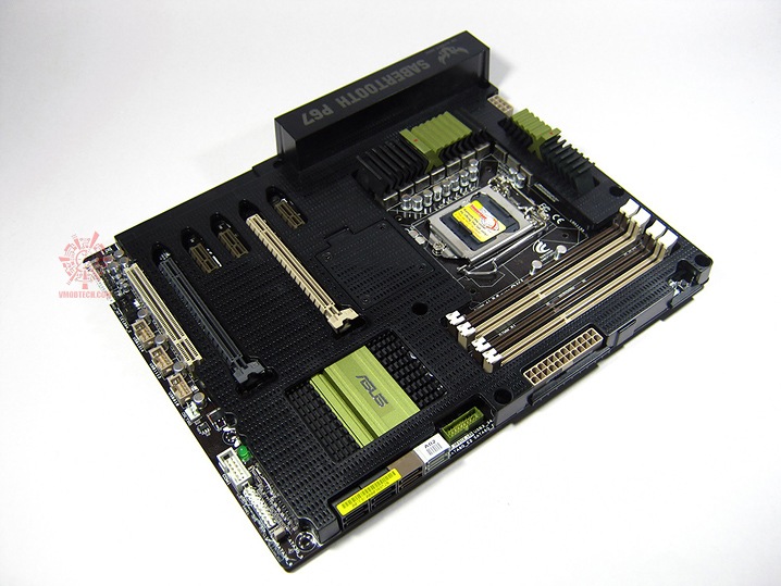 sabertooth 08 Asus SABERTOOTH P67 : Review