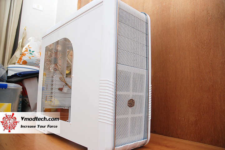 dsc 9714 Review : CoolerMaster CM690 II Advanced White
