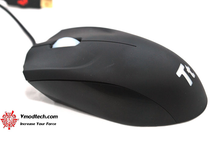 dsc 0660 Tt eSPORTS Azurues Optical Gaming Mouse