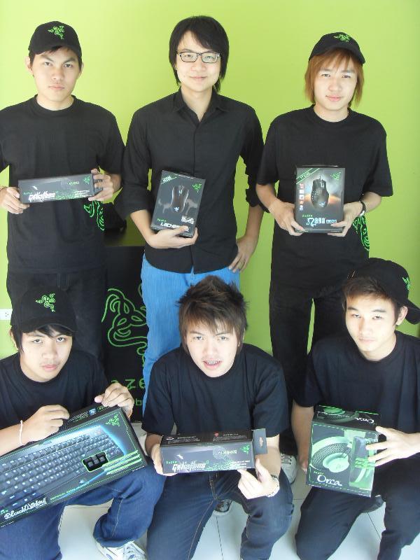 sdc18194 ARC แจ้งข่าวทีมเกมเมอร์ Cutto สังกัดกองพัน Razer คว้าแชมป์ Quarter แรก Thailand Esport DotA League 2011 !!