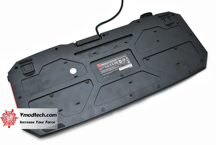 dsc 0223 Tt eSPORTS Challenger Gaming Keyboard