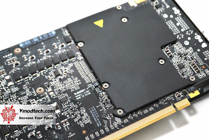dsc 0392 GIGABYTE Nvidia GeForce GTX 590