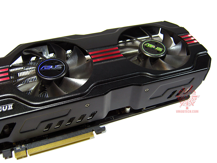 asus hd6970 13 Asus ATi HD6970 DirectCUII : Review