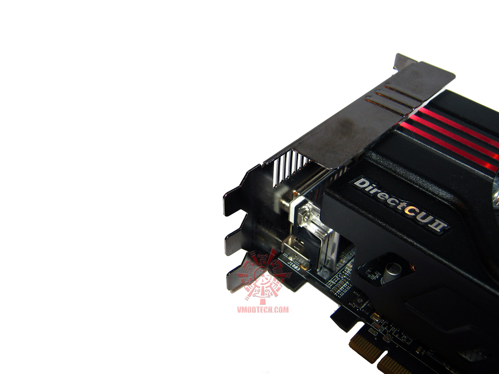 asus hd6970 20 Asus ATi HD6970 DirectCUII : Review