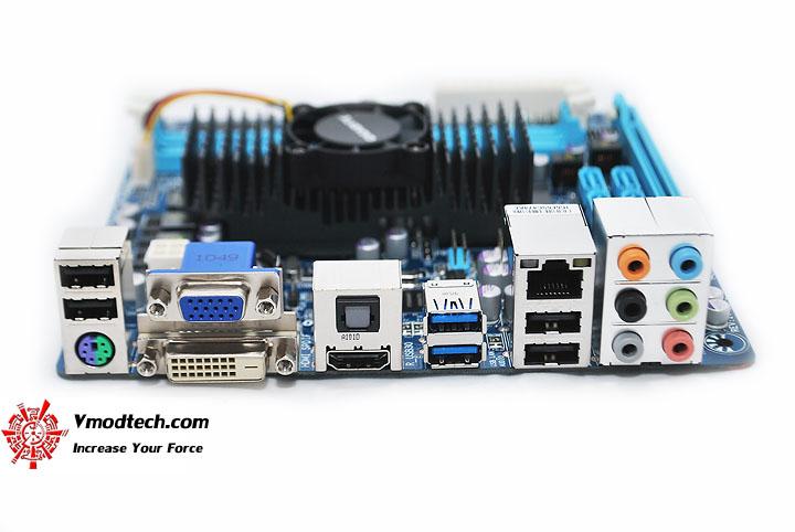 dsc 0419 GIGABYTE E350N USB3