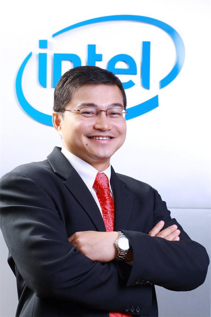 sontiya nujeenseng national sales manager intel microelectronics thailand ltd อินเทลพัฒนาโปรแกรมสำหรับสมาชิกตัวแทนจำหน่าย ปี '54 มุ่งให้คู่ค้าประสบความสำเร็จท่ามกลางวงการไอทีมีการเปลี่ยนแปลงสูง