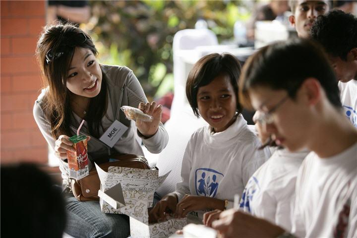 zi2k7536 ฮิตาชิ เชิญชวนเยาวชนเข้าร่วมโครงการผู้นำเยาวชนฮิตาชิ ครั้งที่ 11