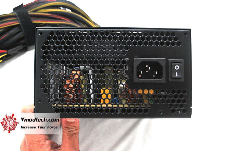 dsc 0032 Thermaltake Power Supply TR2 800W