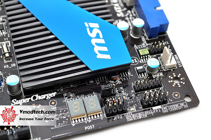 dsc 0074 msi 990FXA GD80 AMD 990FX Motherboard Debut Review