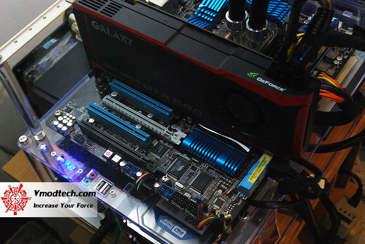 11 ASUS P8Z68 V PRO Motherboard