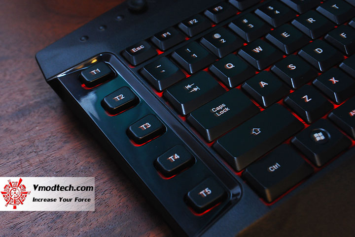 dsc 0814 Tt eSPORTS Challenger Ultimate Gaming Keyboard