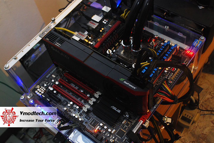 dsc 0917 ASUS Maximus IV Extreme P67 Motherboard