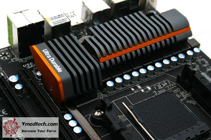 mg 4917 Gigabyte 990FXA UD7 Review