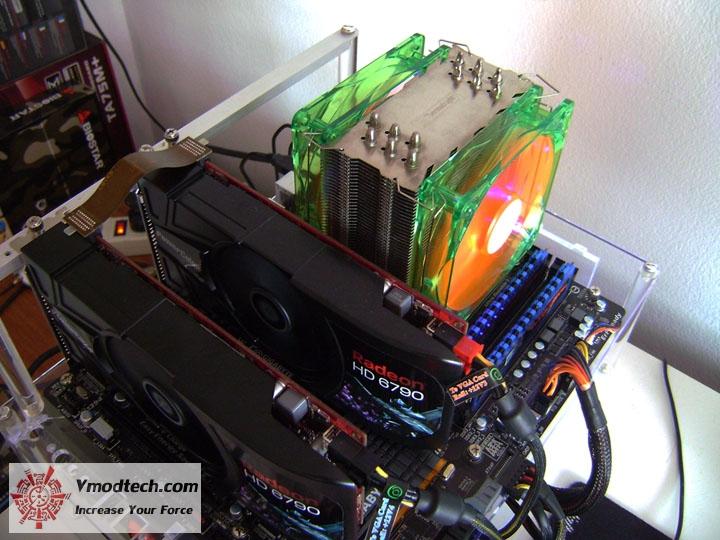 dsc05279 Gigabyte 990FXA UD7 Review