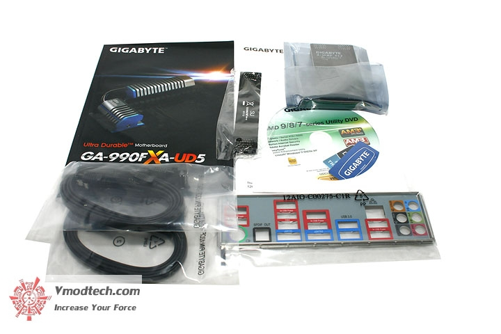 mg 5083 Gigabyte 990FXA UD5 Review