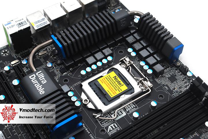 14 GIGABYTE Z68XP UD5 Extreme Motherboard