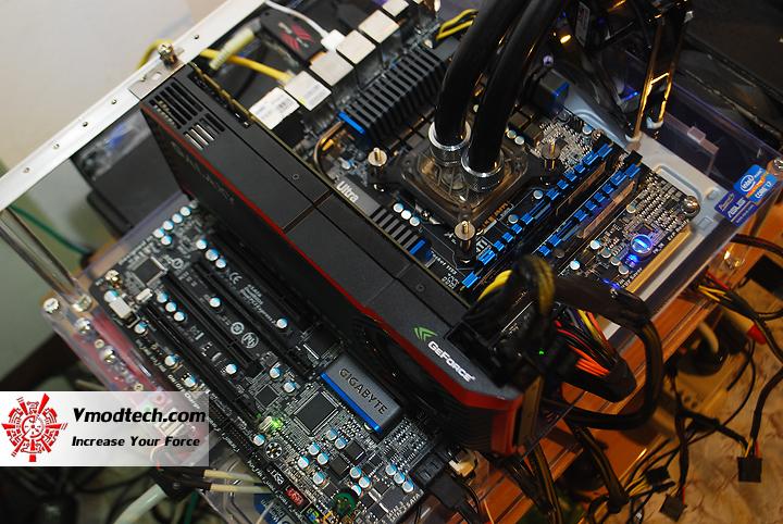 dsc 1404 GIGABYTE Z68XP UD5 Extreme Motherboard