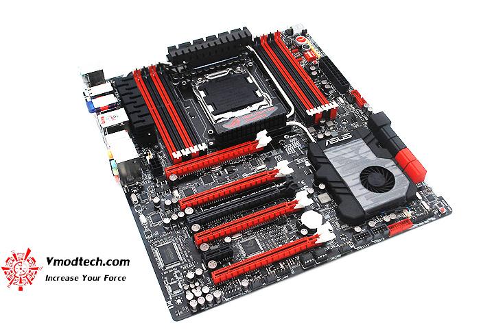 10 ASUS RAMPAGE IV EXTREME LGA 2011 Motherboard