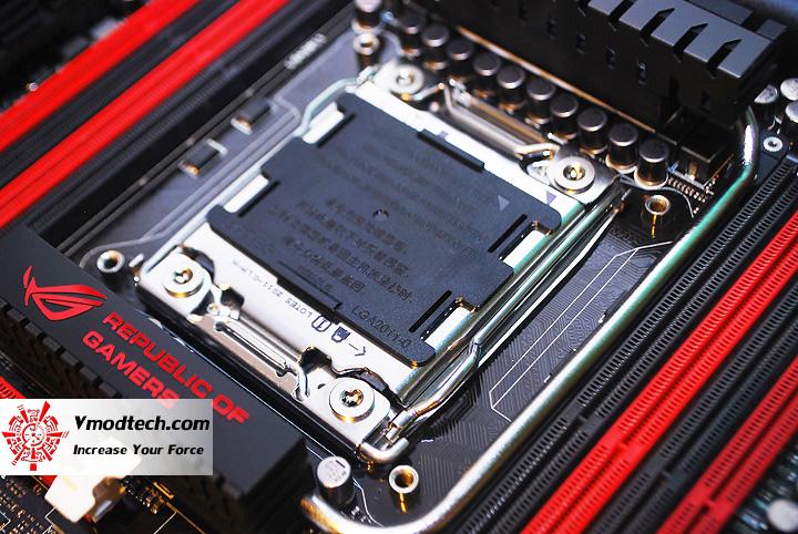 111 ASUS RAMPAGE IV EXTREME LGA 2011 Motherboard