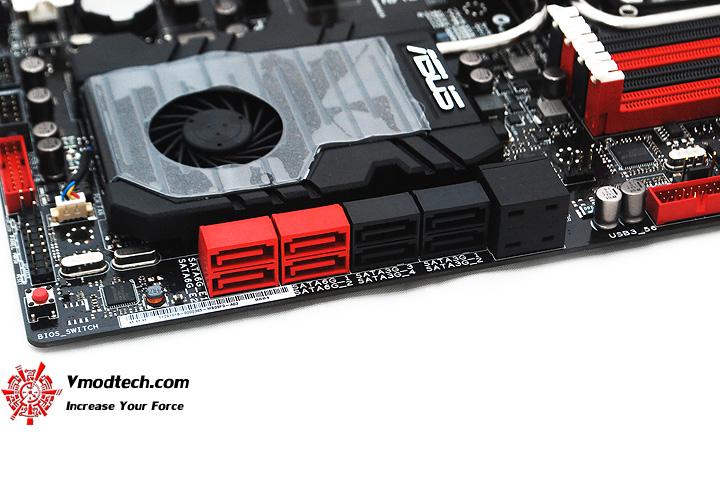 15 ASUS RAMPAGE IV EXTREME LGA 2011 Motherboard