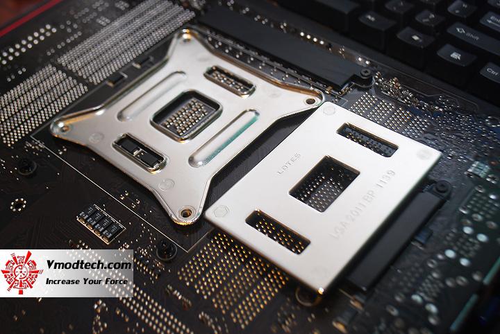 21 ASUS RAMPAGE IV EXTREME LGA 2011 Motherboard