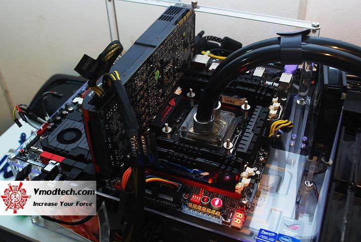 dsc 2362 ASUS RAMPAGE IV EXTREME LGA 2011 Motherboard