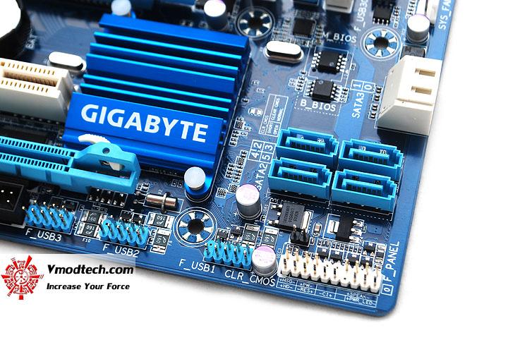 dsc 3949 GIGABYTE H77M D3H Intel H77 Motherboard