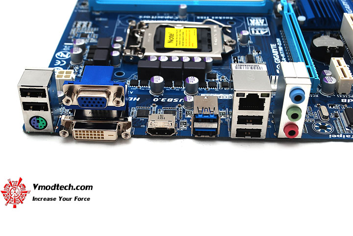 dsc 3953 GIGABYTE H77M D3H Intel H77 Motherboard