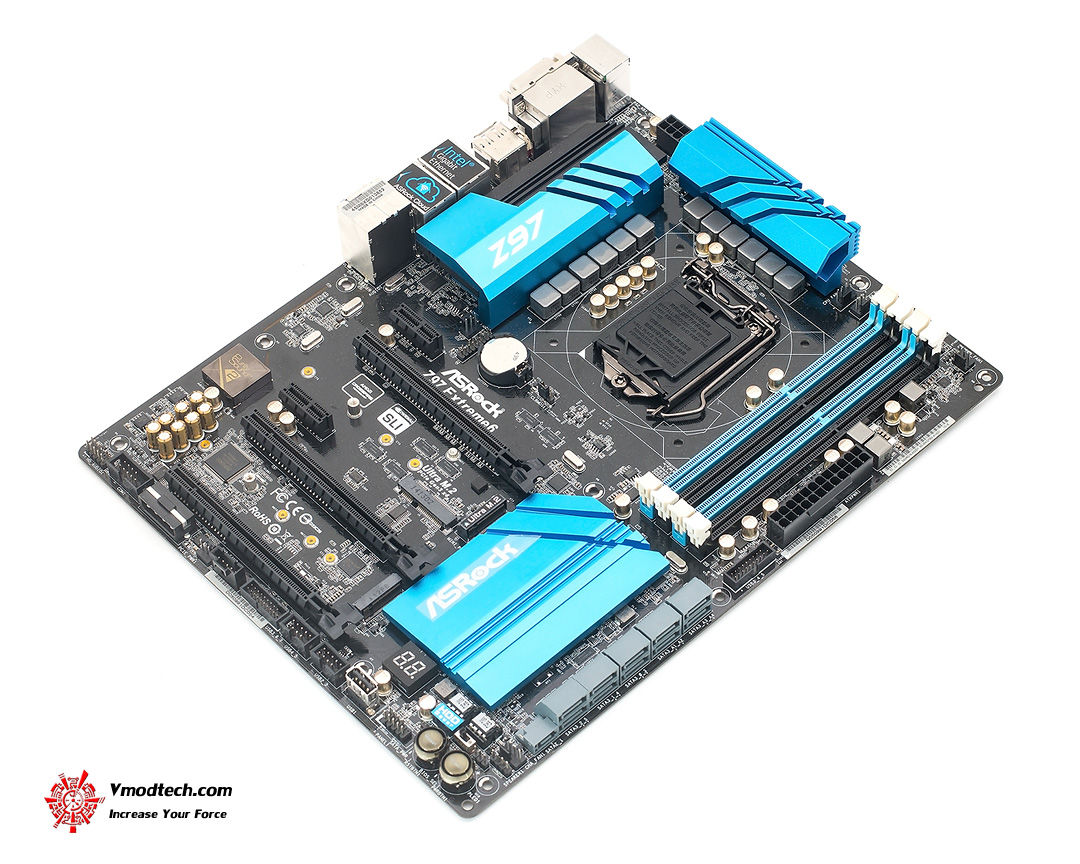 dsc 3361 ASRock Z97 Extreme6 Motherboard Review