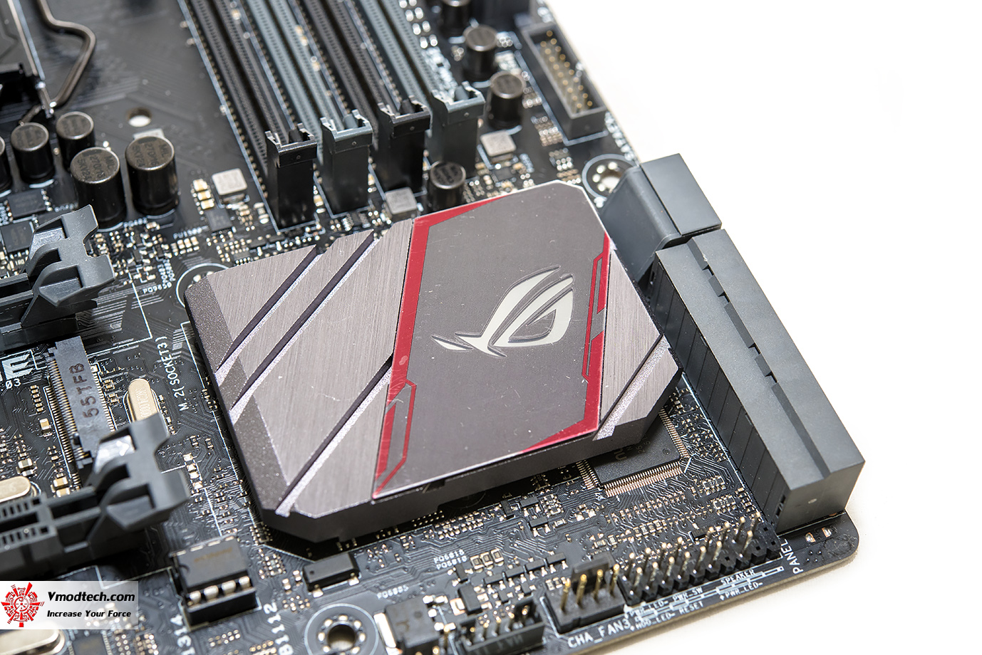 dsc 9110 ASUS ROG MAXIMUS VIII GENE Motherboard Review