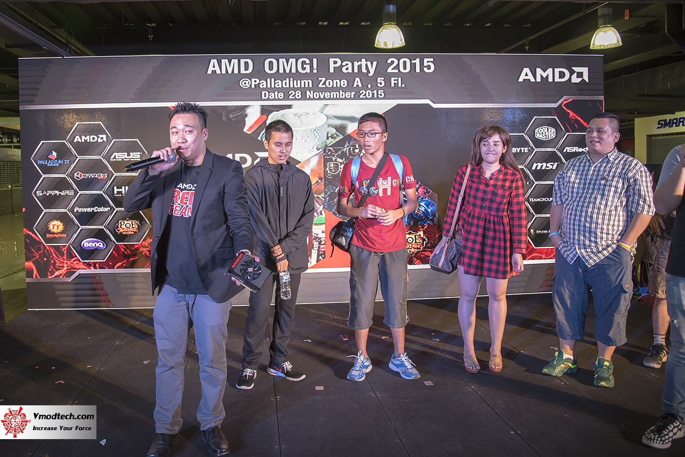 dsc 3244 AMD OMG! Party 2015 (AMD Overclock Modding Gaming Party 2015)
